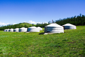 Ger_camp_in_Mongolia
